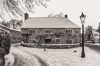 Monckton Cottage | by FlickrDelusions