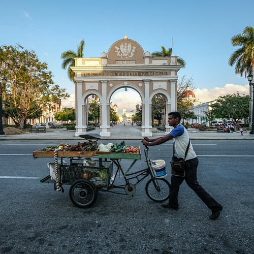 Fruit Seller, Cienfuegos - Cuba | by The-E