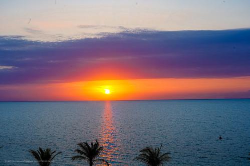 sunrise sunriseandsunsets clouds ocean horizon caribbean turksandcaicos longbay providenciales