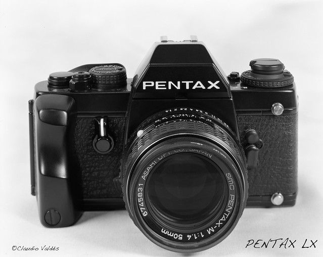 - Pentax LX -