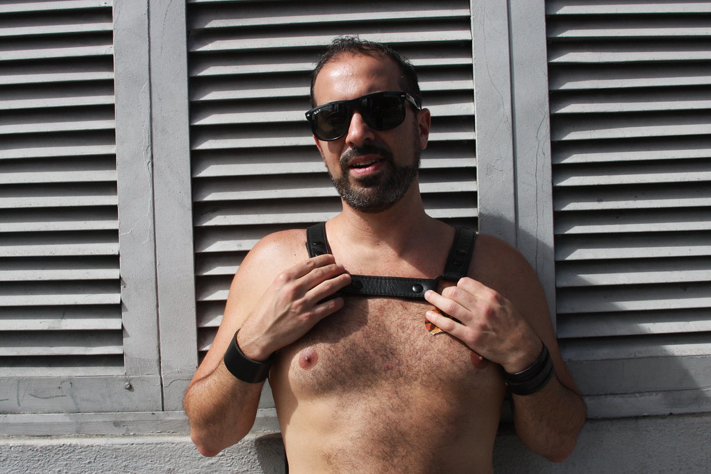 HUNKY MUSCLE STUD ! ~ FOLSOM STREET FAIR 2018 ! ( safe photo )