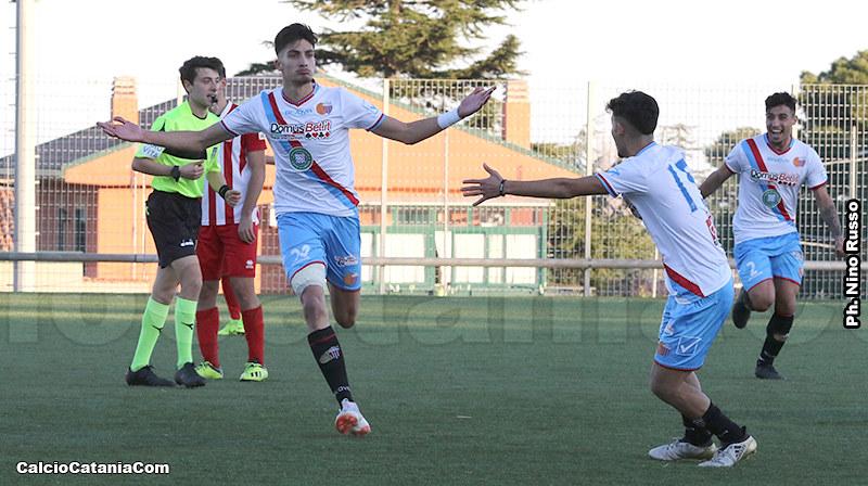 Emanuele Pecorino, possibile debuttante a gara in corso...