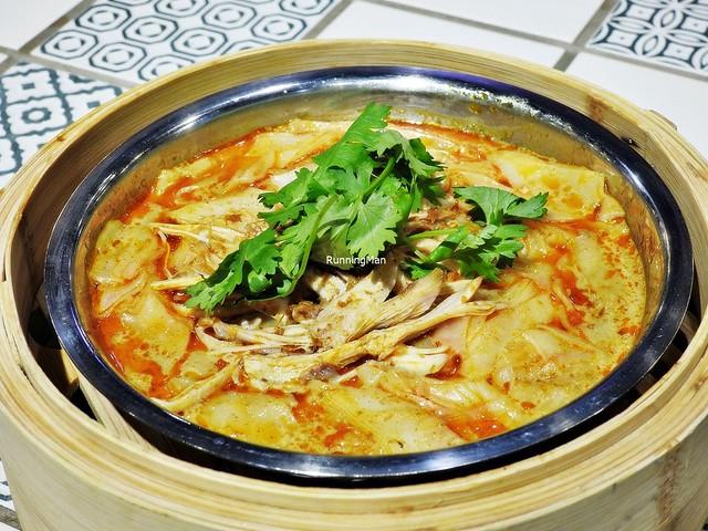 Curry Chicken Cheong Fun