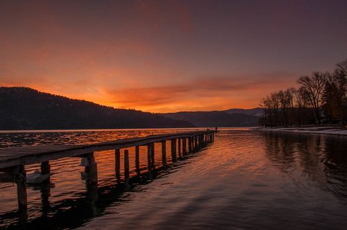 sunrise moonset parkercove okanaganlake dock
