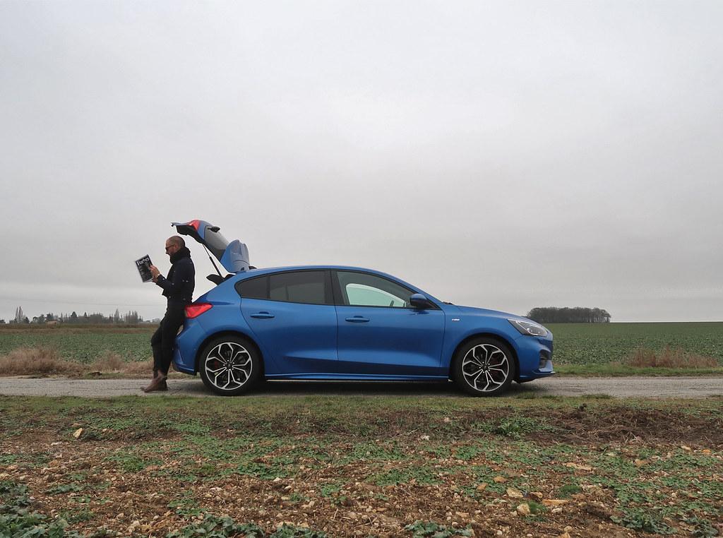 Essai Ford Focus ST Line 2019 Blue Iceland Cars Passion