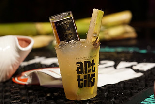 20_Art-of-Tiki_SoBeWFF_2019_MiniBar-drink   by Slammie / Atomic Grog