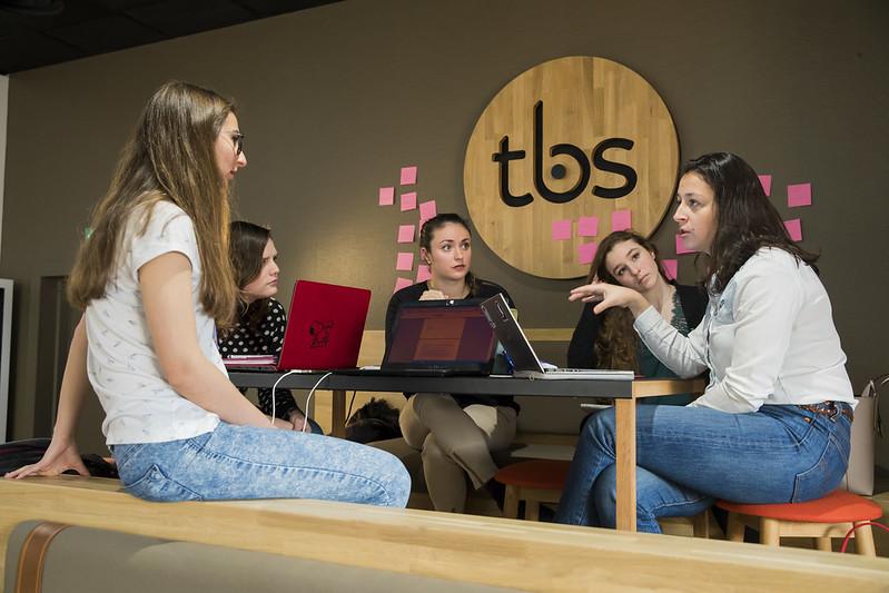 TBS The Kube