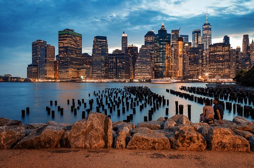 brooklyn bridge park pilings brooklynbridgepark ny nyc newyork manhattan longexposure night evening us usa cityscape landscape
