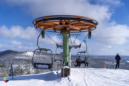 Chair lifts galore | by HendrikMorkel