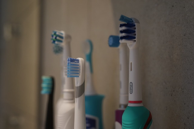 Stock_Images_Electric_Toothbrush