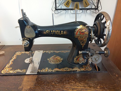 Flickr The Sew Me Your Machine Pool