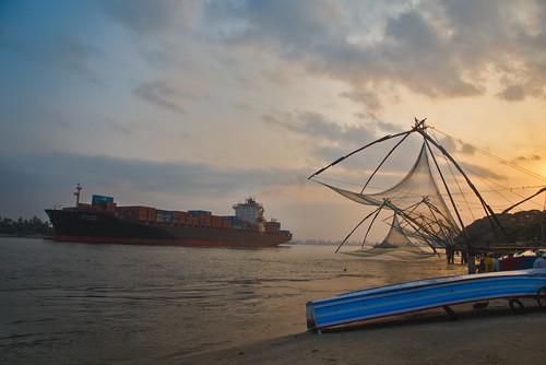 kochi chinesefishingnets ship sunrise vanilabalaji vanila kerala godsowncountry canon canon6d