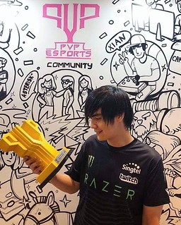 Congrats to pro gamer @xianmsg on being appointed as a @singtel PVP Esports ambassador! @artisanbricks is honoured to build brick trophies for our local talents. Jiayou! Pic by @xianmsg :) #singtel #PVPesports #customdesign #artisanbricks #lego #singapore | by www.artisanbricks.com
