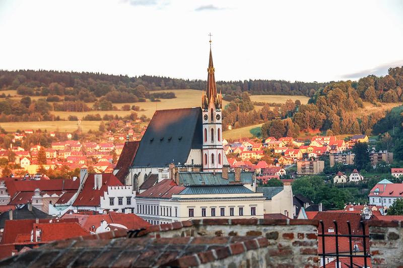 第五庭院俯瞰舊城區(中為聖維特教堂) 1
