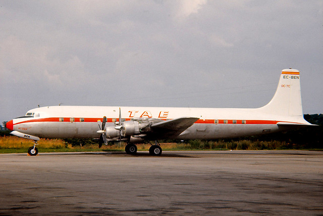 EC-BEN, Douglas DC-7C, Lulsgate, 22-08-1969