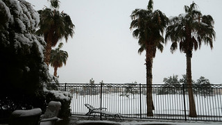 Snow in Rhodes Ranch, Las Vegas, NV   by Parkzer