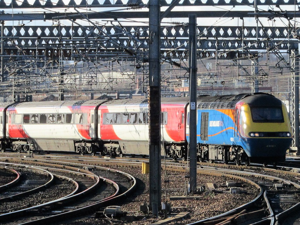 East Midlands Trains 43061 With LNER Rolling Stock Into Le