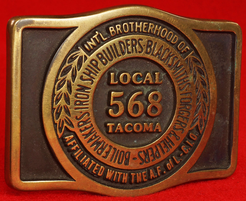 RD17136 1980 Boilermakers Iron Ship Builders Blacksmiths Forgers & Helpers Local 568 Tacoma Brass Belt Buckle Anacortes DSC09430