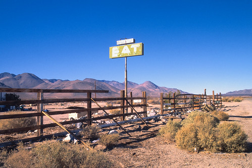 eat. mojave desert, ca. 2012.   by eyetwist