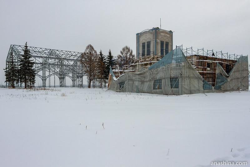 Павильон главного здания выставки 1896 года и водозабор Нижегородской ярмарки