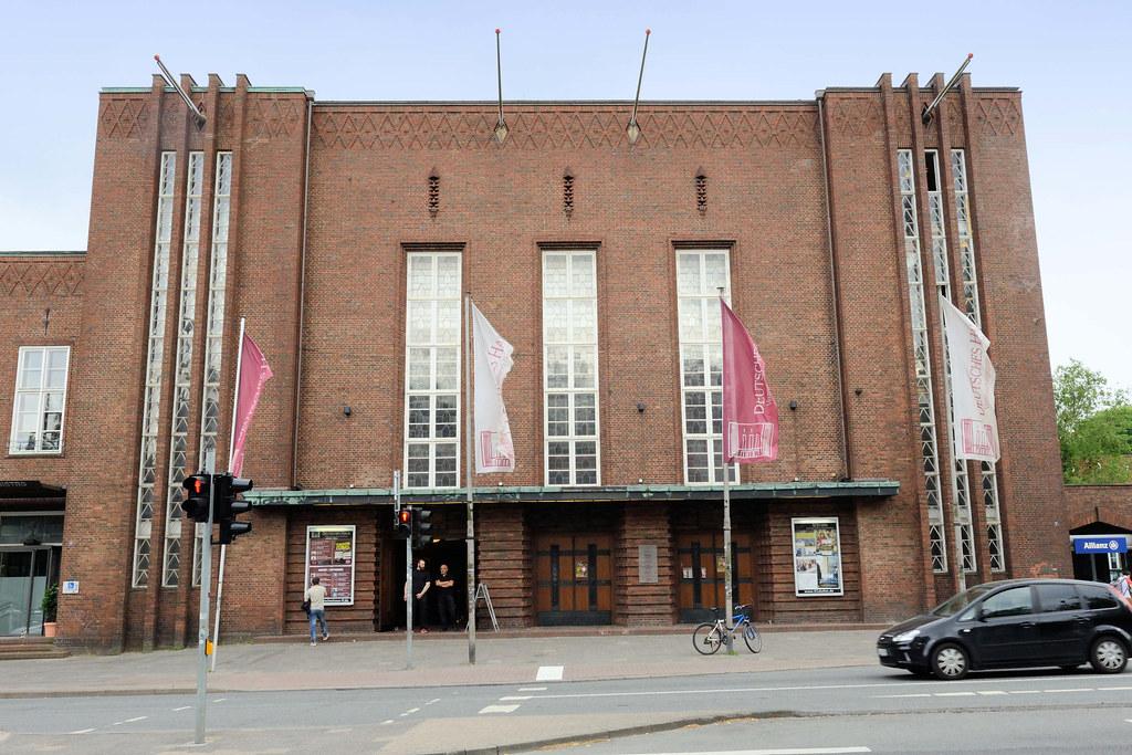 8302 Eingang Vom Deutschen Haus In Flensburg Friedrich E Flickr