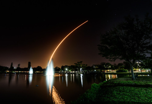 indianharbourbeach lighttrails spacelaunch spacex florida rocket spacecoast chuckpalmer