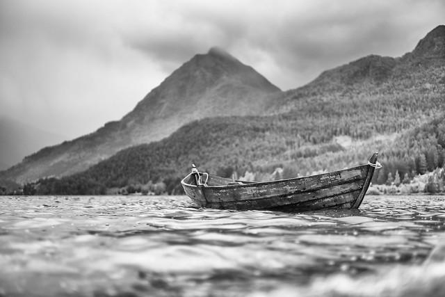 one man viking ship