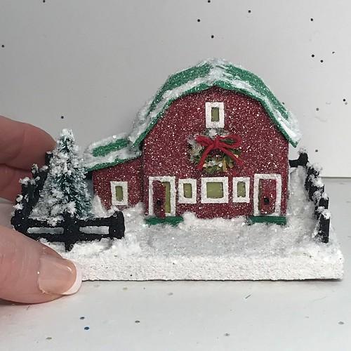 Tiny Mini Putz Barn