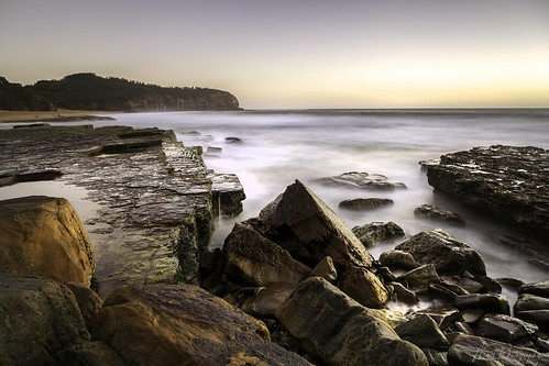 australia sydney turimetta nature coast seascape rockshelf waves ocean water sea beach light sunrise