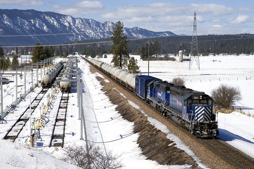 montanaraillink photography mrl freight train nikon d610 elelctromotivedivision emd sd402