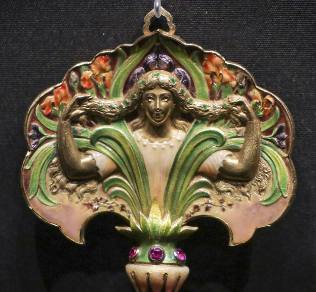 Pendant, France, Paris, 1900, by Emile Froment Meurice