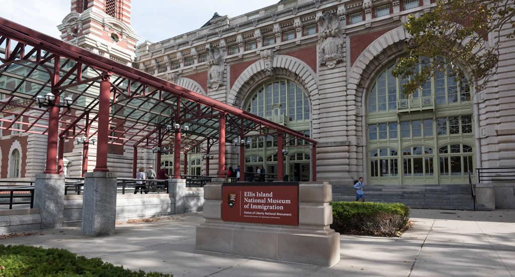 Ellis Island National Museum of Immigration (foto met dank aan Julienne Schaer)   Mooistestedentrips.nl