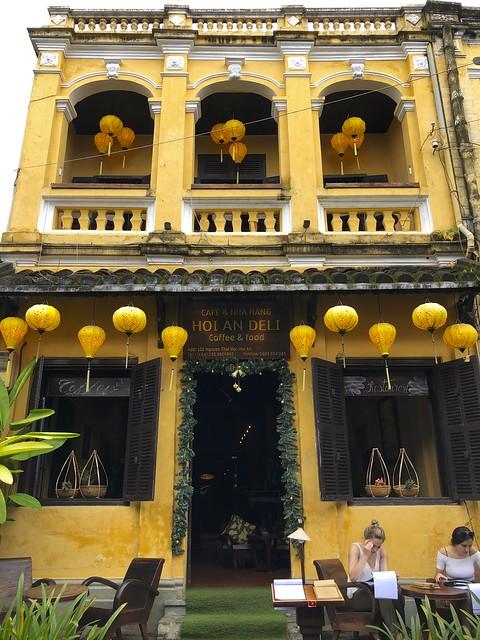 Ovimania, Ovien magia, Kaiken maailman ovia, ovi, Hoi An, Vietnam