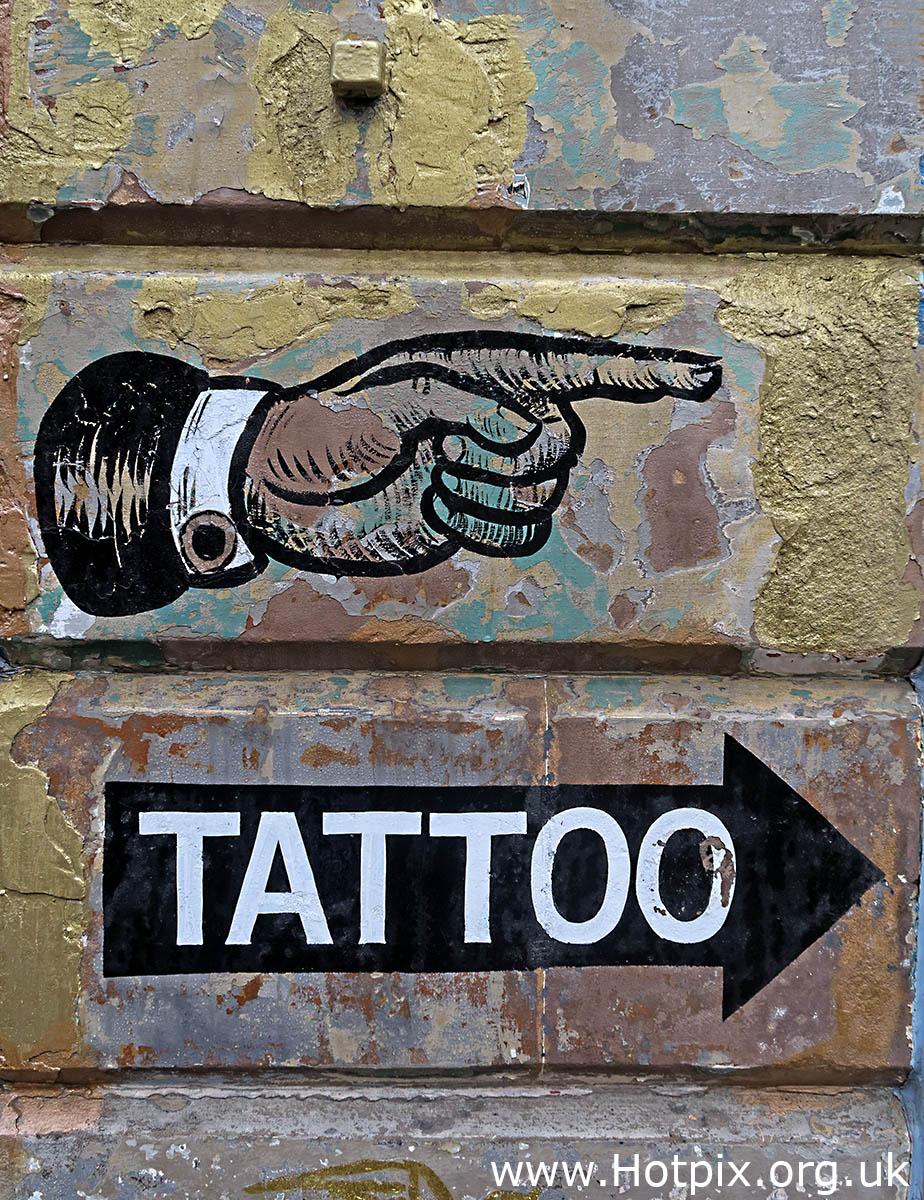 HousingITguy,Project365,2nd 365,1A Brougham Pl,Edinburgh EH3 9HW HotpixUK365,Tone Smith,GoTonySmith,365,2365,one a day,Tony Smith,Hotpix,tattoo,broughton,1A Brougham Place,Edinburgh,EH3 9HW,Brougham Place,Scotland,UK,hand,pointing,sign,wall,on wall