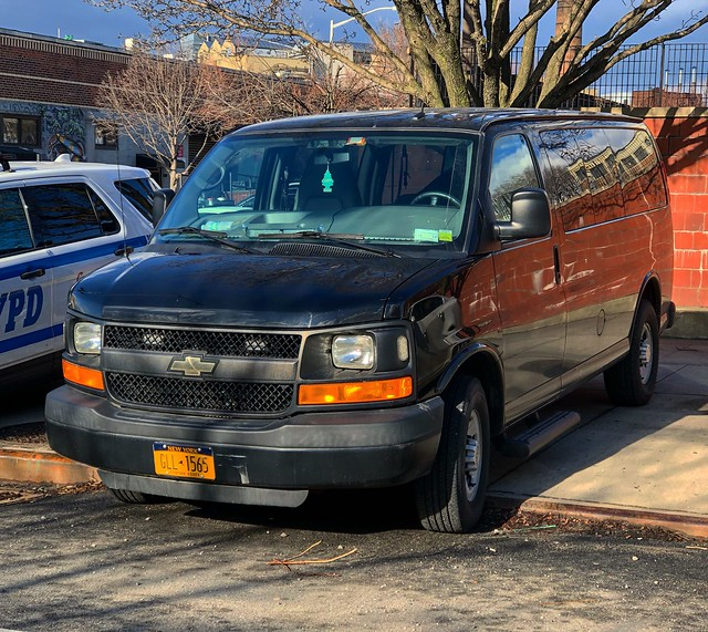Unmarked NYPD Police Service Area 3 Chevy Express