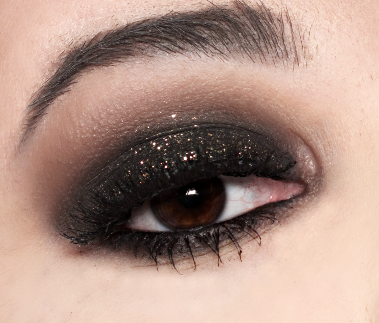 stila smokey eye