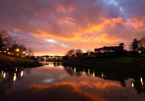 danandhollythompson blue colorful color sunset purple reflection lightburst orange tn maryville danandhollycom downtownmaryville yellow