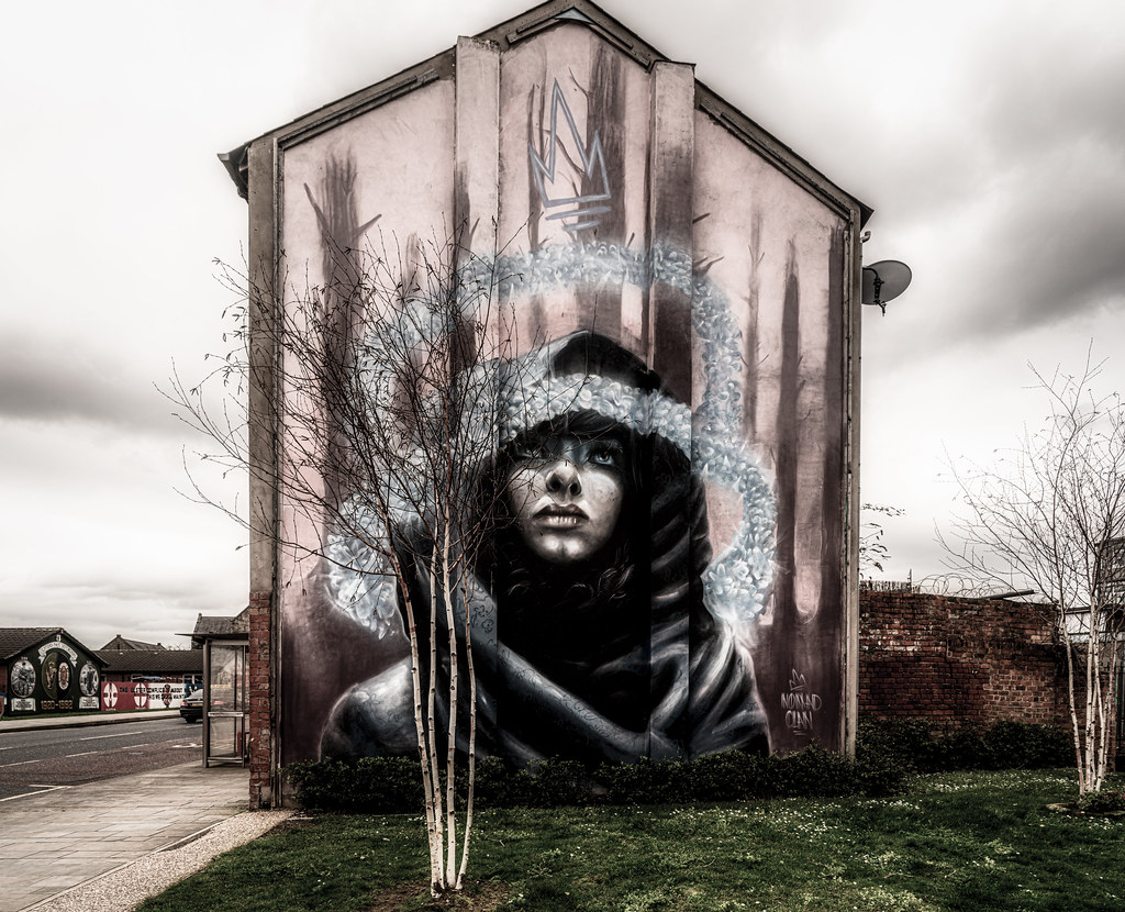 LINENOPOLIS AN EXAMPLE OF STREET ART BY NOMAD CLAN [TOWER STREET - NEWTOWNARDS ROAD BELFAST]-151384