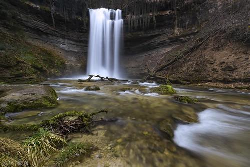 Waterfall 2 - Cascade du Dard   by Captures.ch