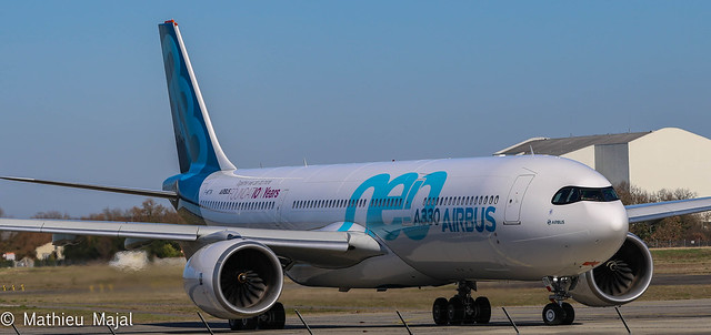 Airbus A330-900 / Airbus Industrie