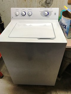 GE washer - like new   by thornhill3