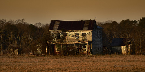 somd ruin house medleys neck rd abandoned farmhouse old landscape dawn cold morning decay rural sony a99ii 70400gii maryland usa home