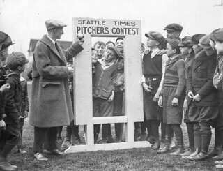 Ben Evans with Old Woody contest participants at Rogers Playfield, 1924