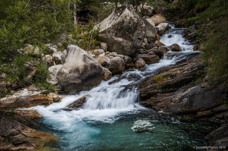 El río Sant Nicolua a la altura de la Font del Ferro en el Camí dels Enamorats