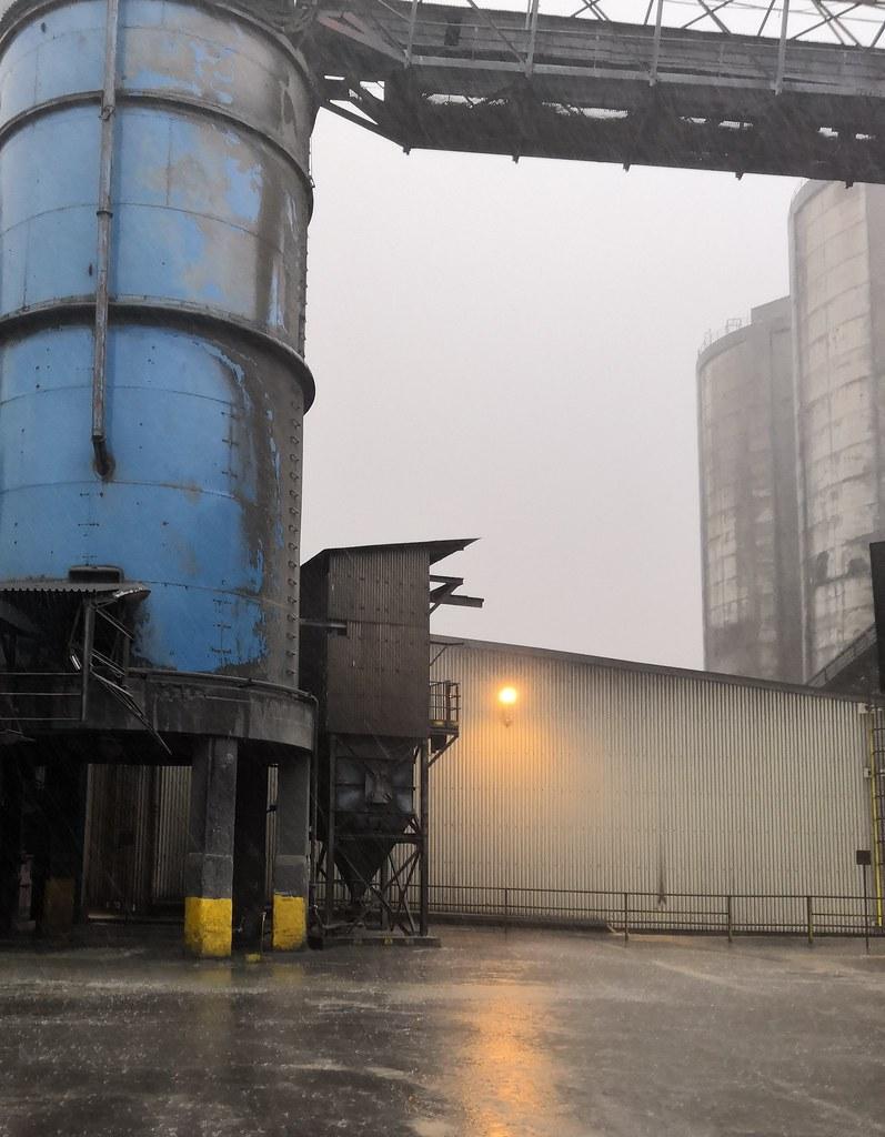 cement rain | stratis afalatados | Flickr