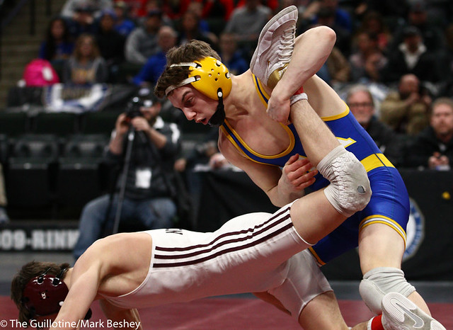 113AAA 3rd Place Match - Brandon Psyk (St Michael-Albertville) 40-5 won by decision over Jake Messner (Northfield) 47-13 (Dec 6-4) - 190302cmk0014