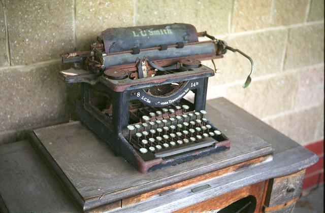 LC Smith Typewriter c1927