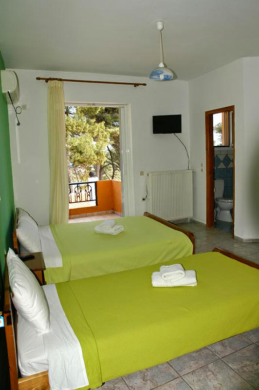 oparadeisos-rooms-23