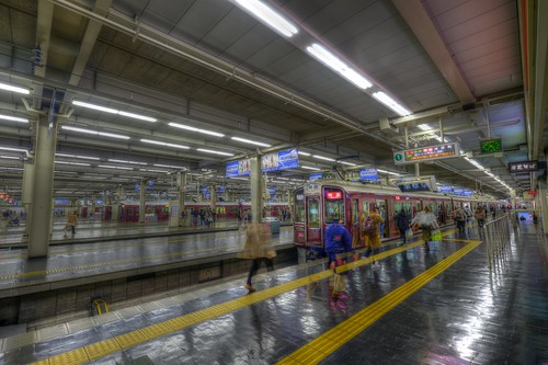 03-04-2019 Osaka-Umeda Station (2)