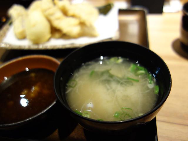 定食的味噌湯@博多山海